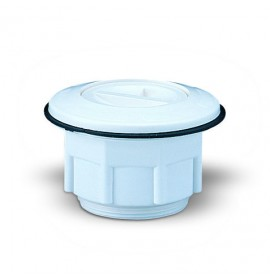 cleaner suction for polyester pools
